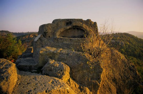 Погребален саркофаг на Татул