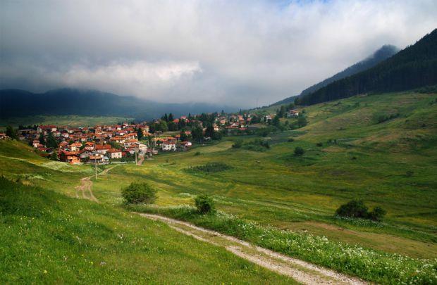 село Равногор