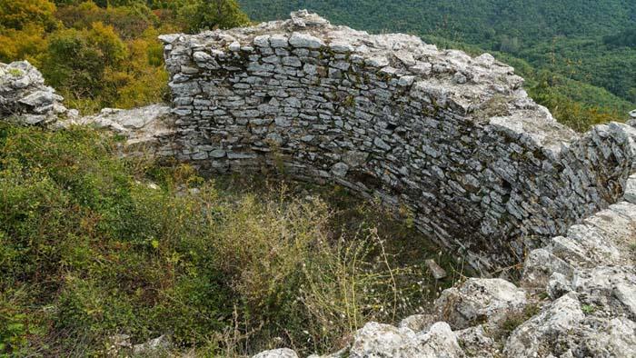 Крепостта Родостица