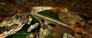 Гледка към Дяволския мост от скала, разположена на десния бряг на река Арда. Източник: https://www.facebook.com/photography.uzunov/